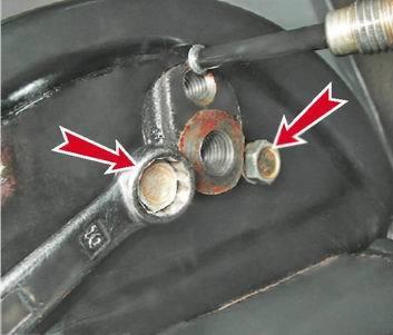 Замена заднего тормозного цилиндра на ВАЗ 2113, ВАЗ 2114, ВАЗ 2115