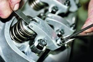 Зачем нужна регулировка клапанов и как от нее избавиться?