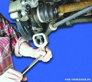 Замена шаровой опоры на ВАЗ 2108, ВАЗ 2109, ВАЗ 21099