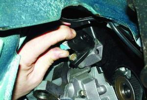 Замена датчика положения коленвала на ВАЗ 2104, ВАЗ 2105, ВАЗ 2107