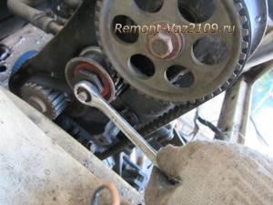 Замена натяжного ролика ремня грм на ВАЗ 2108, ВАЗ 2109, ВАЗ 21099