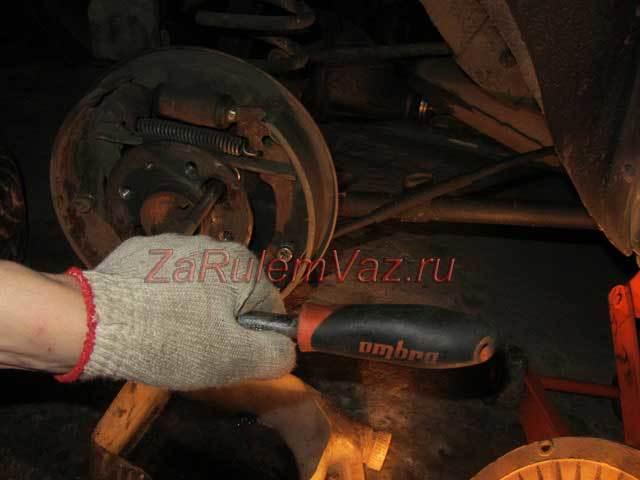Замена сальников полуосей на ВАЗ 2101-ВАЗ 2107