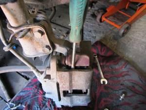 Замена передних тормозных колодок на ВАЗ 2113, ВАЗ 2114, ВАЗ 2115