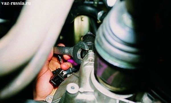 Замена датчика уровня масла на ВАЗ 2108, ВАЗ 2109, ВАЗ 21099