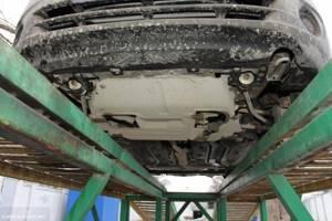 Замена брызговика двигателя на калине