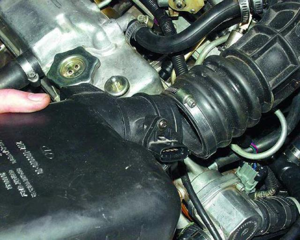 Замена воздушного фильтра на ВАЗ 2110, ВАЗ 2111, ВАЗ 2112