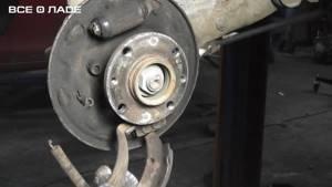 Замена задних тормозных колодок на калине