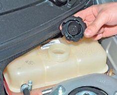 Замена охлаждающей жидкости на приоре