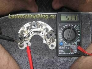 Замена регулятора напряжения и его проверка на калине