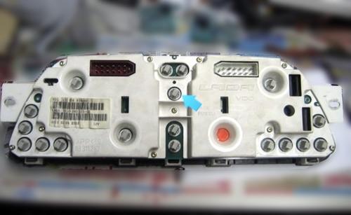 Замена лампочек в панели приборов на ВАЗ 2113, ВАЗ 2114, ВАЗ 2115