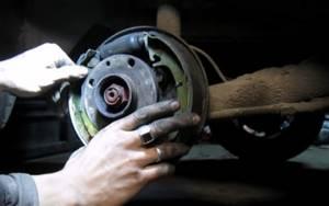 Замена задних тормозных колодок на ВАЗ 2113, ВАЗ 2114, ВАЗ 2115