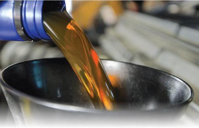 Периодичность замены масла, его выбор и инструкция по замене
