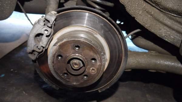 Замена переднего тормозного цилиндра на ВАЗ 2101-ВАЗ 2107