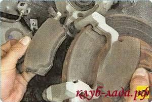 Замена тормозных колодок на ладе гранте